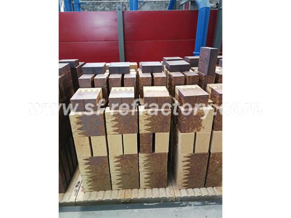 低导复合硅莫砖-郑州四方耐火材料有限公司